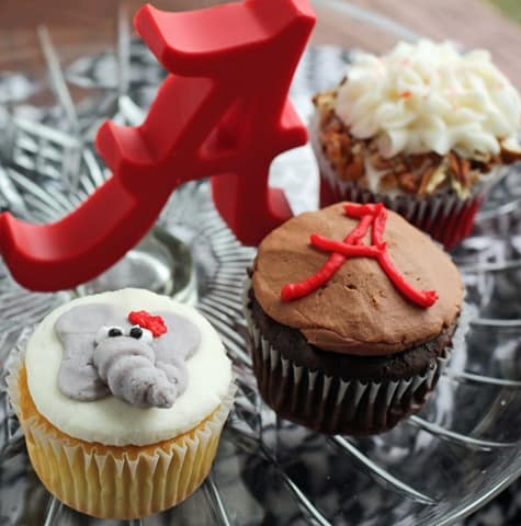Sweet Treats Roll Tide Cupcakesreview Katrina Runs for Food and Books